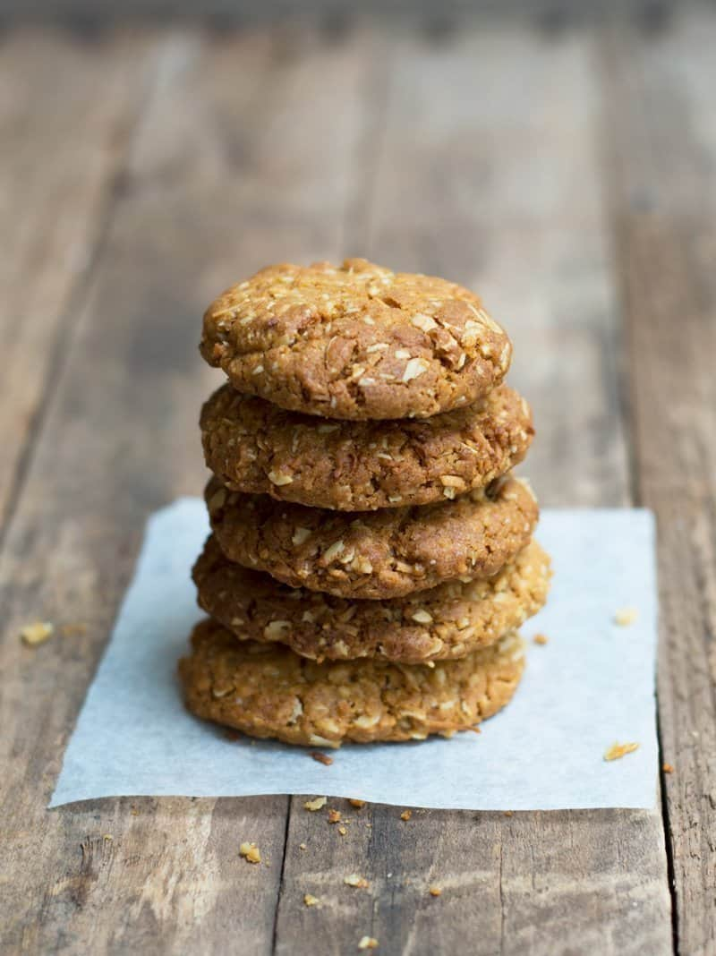 Thermomix Anzac Biscuits - celebrate Anzac Day with these traditional biscuits. A simple recipe made with rolled oats, coconut and golden syrup, they are ready in less than 30 minutes.