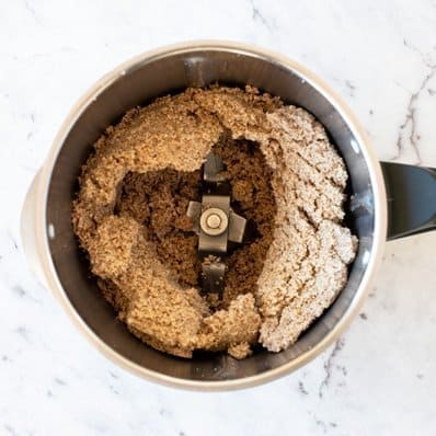 Thermomix Almond Butter - A fail proof recipe made with almonds and nothing else.