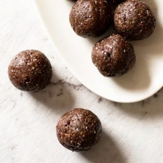 Thermomix Cacao Mint Bliss Balls - made with nourishing ingredients and are great to keep in the fridge for a standby snack. They are also nut free so great for allergy sufferers.
