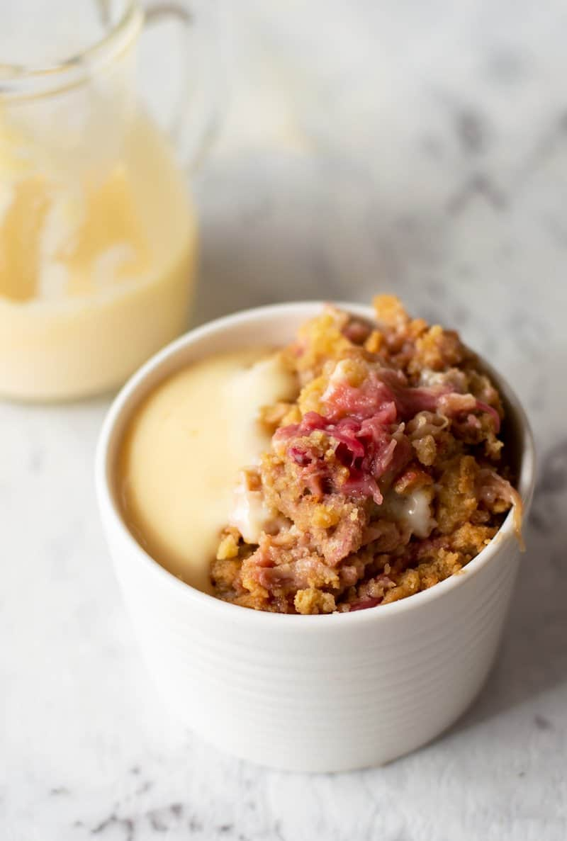 Thermomix Rhubarb Crumble - winter comfort food at it's finest made easy in the Thermomix